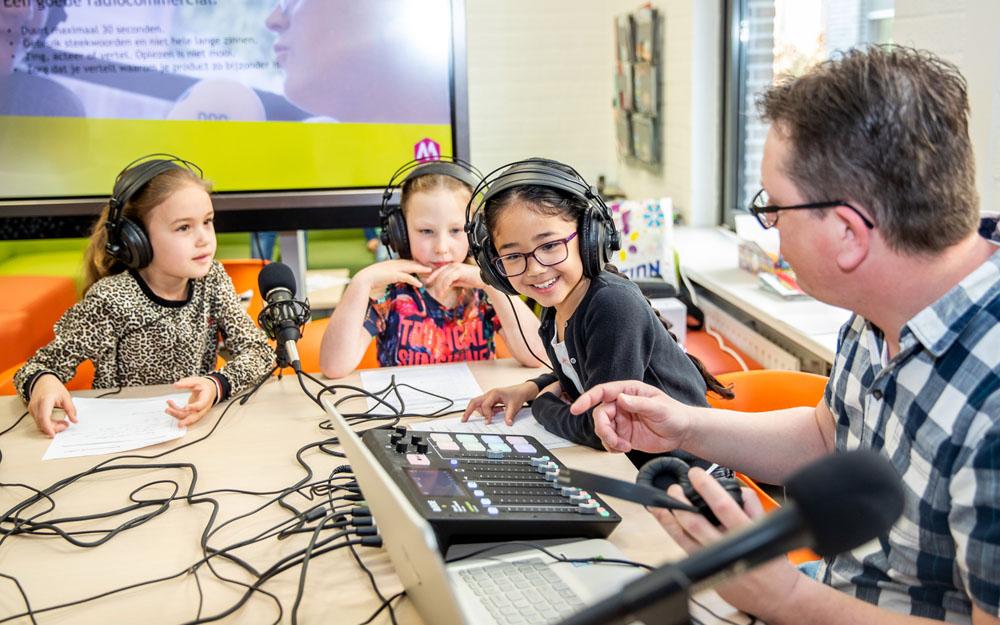 Uitdagers voor Kids KC De Kiezel maken hoorspelen