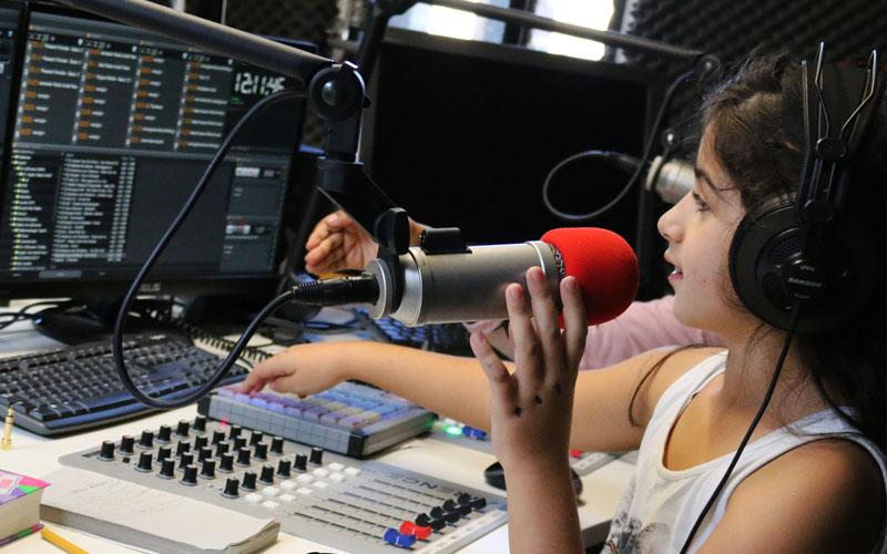 '1 uur radio maken is óók taal!'